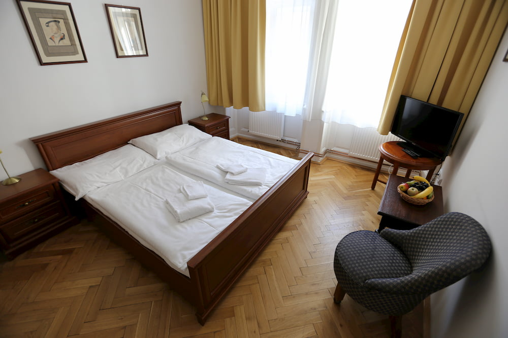 Accommodation In The Heart Of Old Prague King George S House